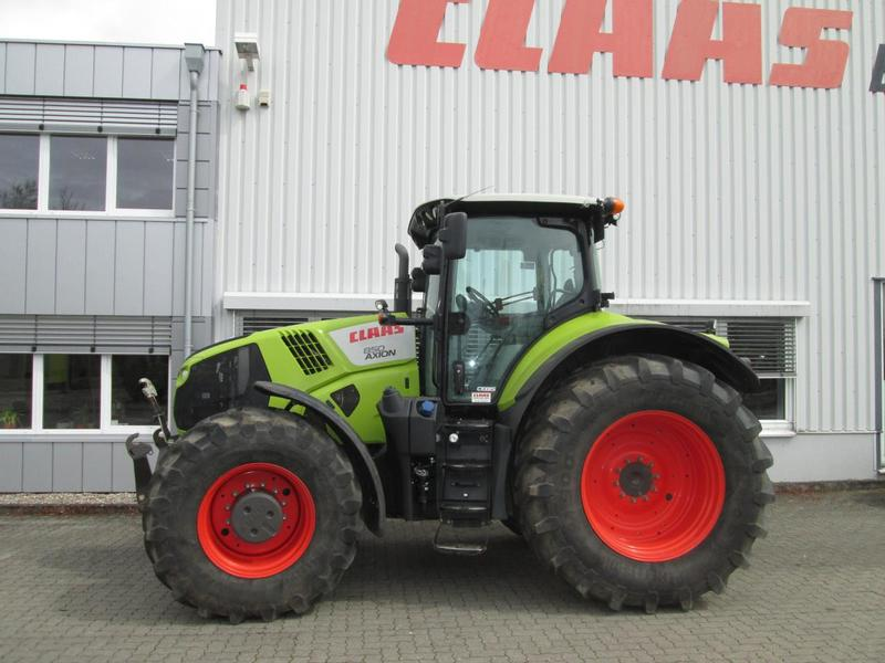 Claas AXION 850 Hexashift