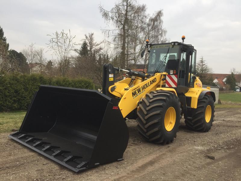 New Holland W170C