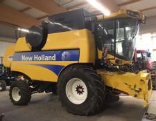 New Holland CSX 7060 Laterale