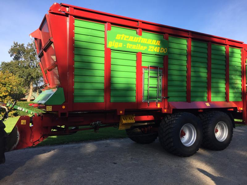 Strautmann Giga-Trailer 2246DO TOP ZUSTAND