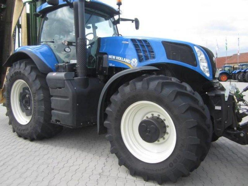 New Holland T 8.330 AC