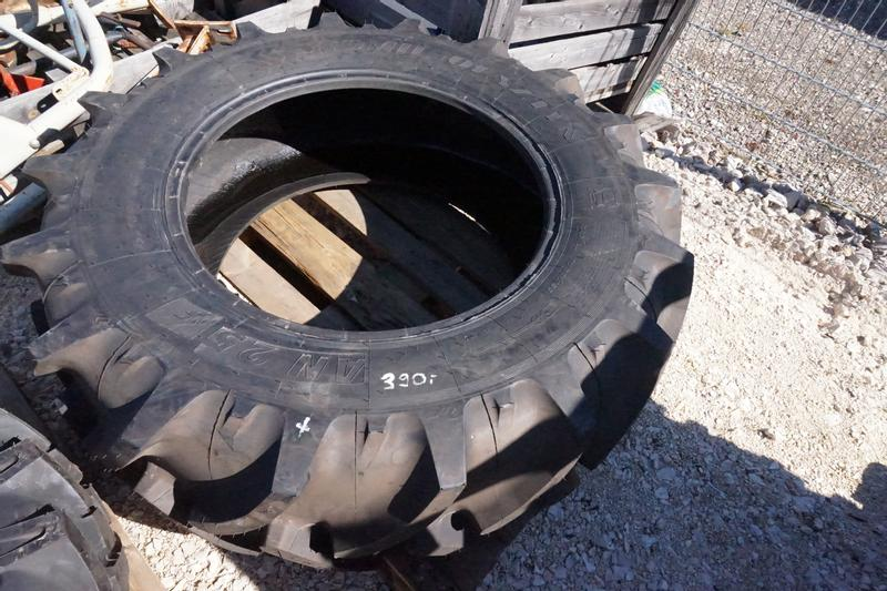 Stomil 420 / 70 R28 Stomil