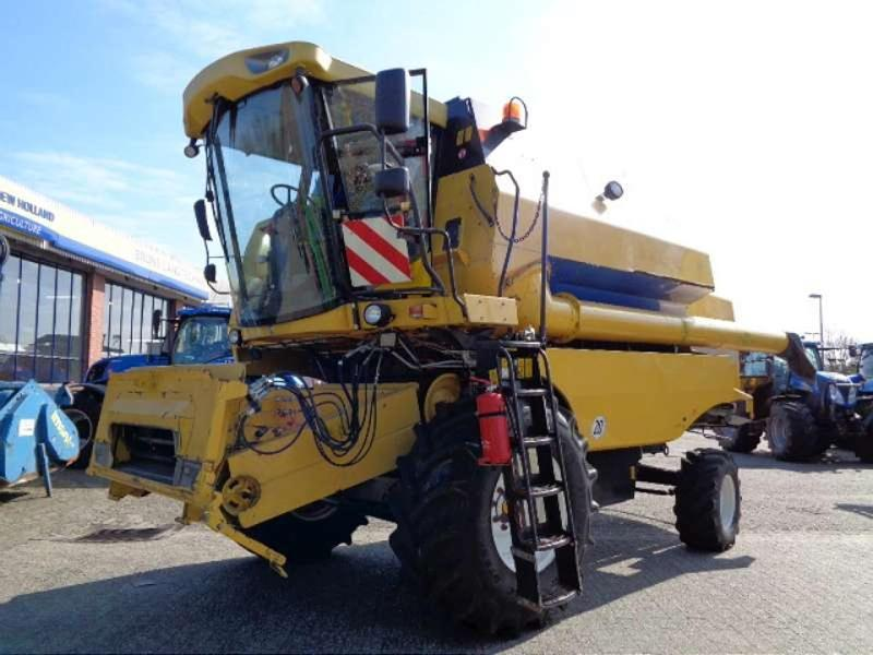 New Holland TC 5070 SCR TECHNOLO