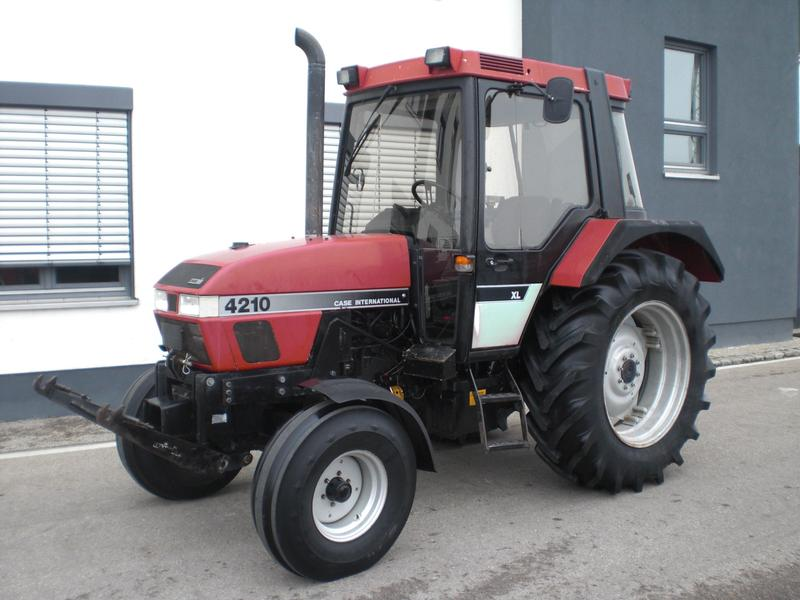 Case IH 4210 Hinterrad