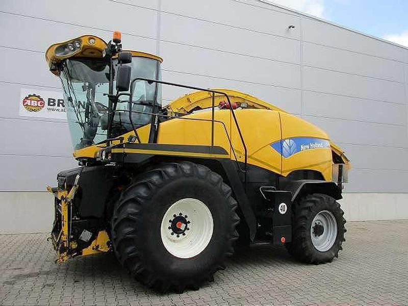 New Holland FR9050