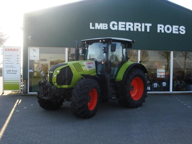 Claas Arion 640 CIS tractor fronthef