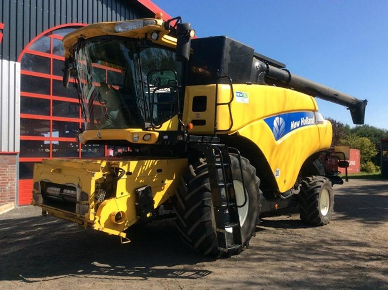 New Holland CR 9080 Evolution