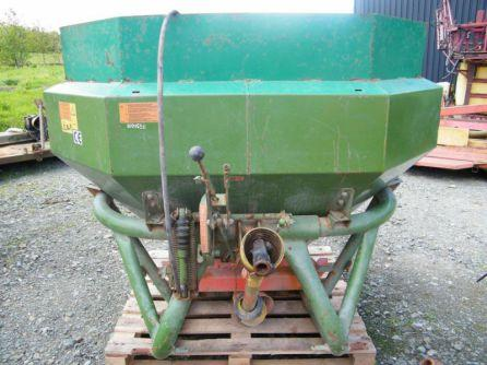 Amazone fertiliser spreader For Sale