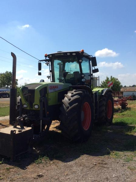 Claas Xerion 3300 Track