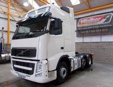 Volvo FH GLOBETROTTER XL 500 EURO 5, 6 X 2 TRACTOR - 2012 - GJ62 UUX