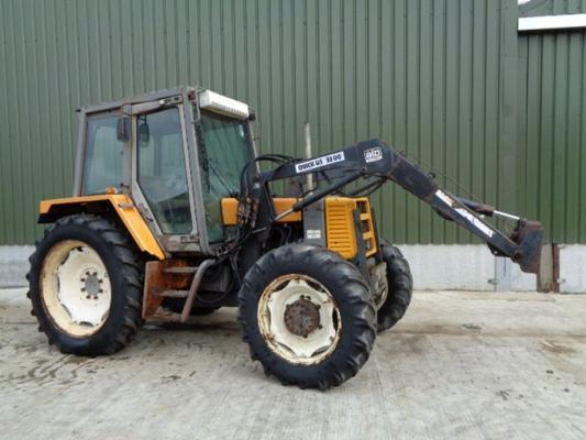 Used Renault 95-14 C/w Quicke Loader