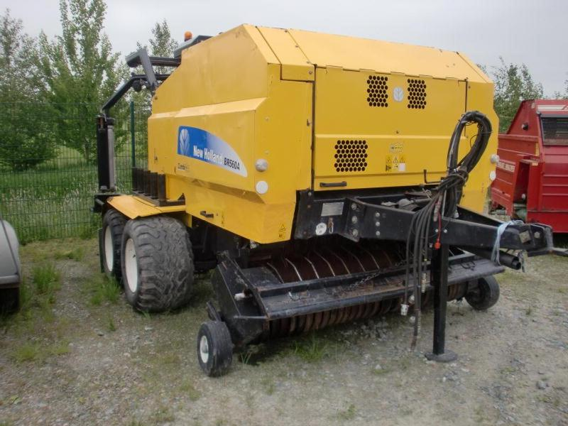New Holland BR 560 A COMBI