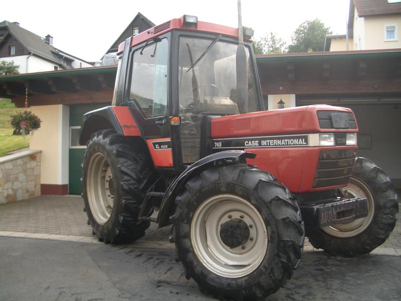 Case IH 745 AS XL Plus wie 844 - Allrad - TÜV