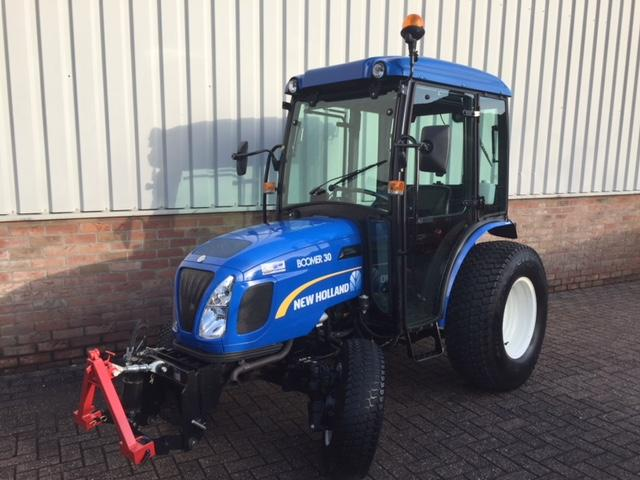 New Holland Boomer 30 Hydro