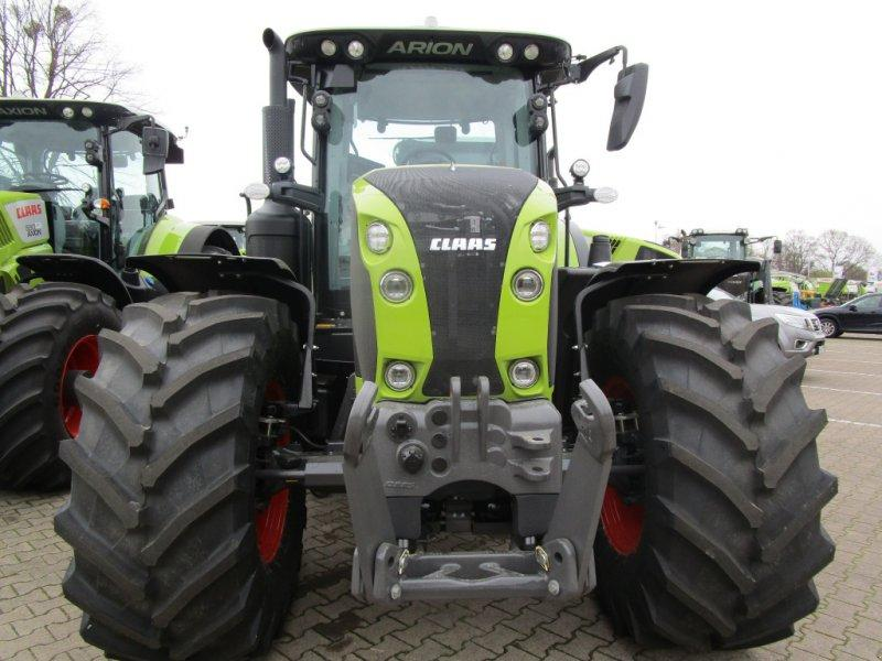 Claas Axion 800 Concept