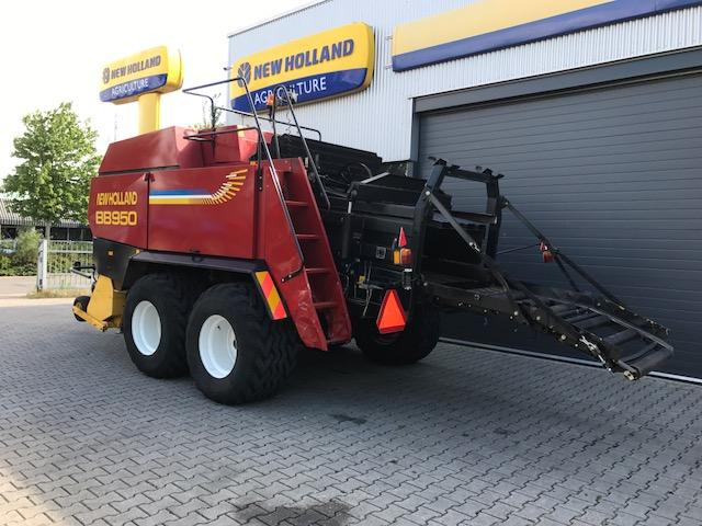 New Holland PERS BB 950