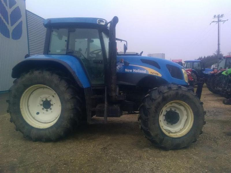 New Holland TVT170
