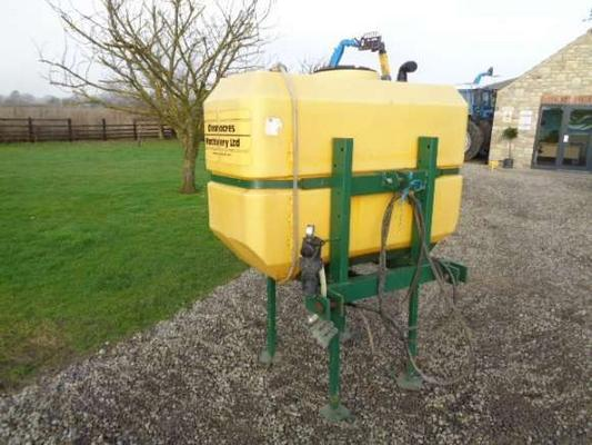 Sonstige Used Cleanacres Front 830L Spray Tank
