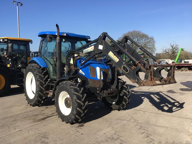 New Holland TS100A Tractor (ST4088)
