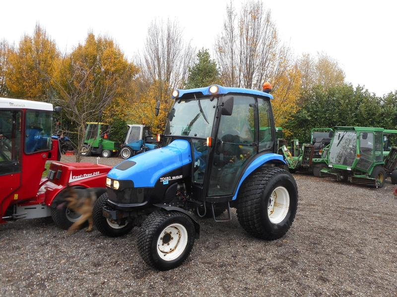 New Holland TC45D