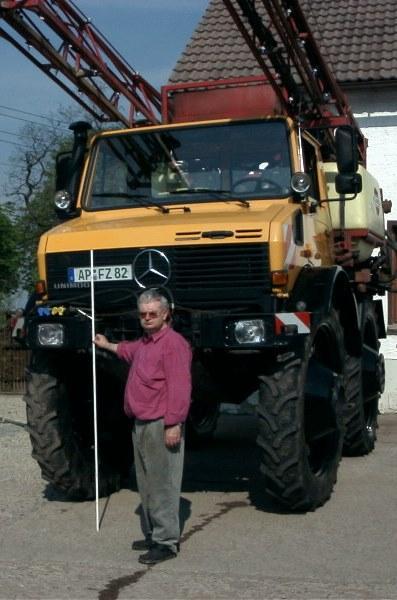 [Bild: Traktoren-Mercedes-Benz-18876086.jpg?wid...quality=80]