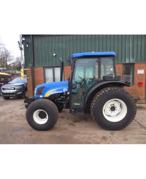 New Holland T4020 (WX60 FBN)