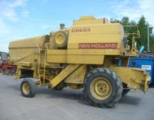 New Holland A VENDRE PIECES DETACHEES MOISSONNEUSE BATTEUSE 8055