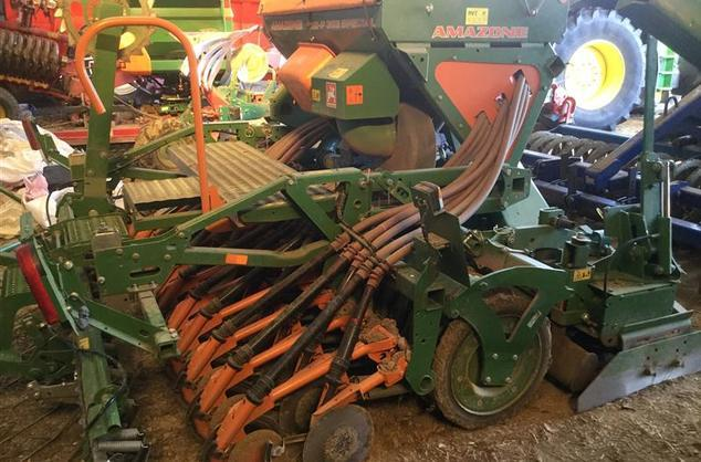 Amazone AD-P 303 Special drill KX3000 power harrow