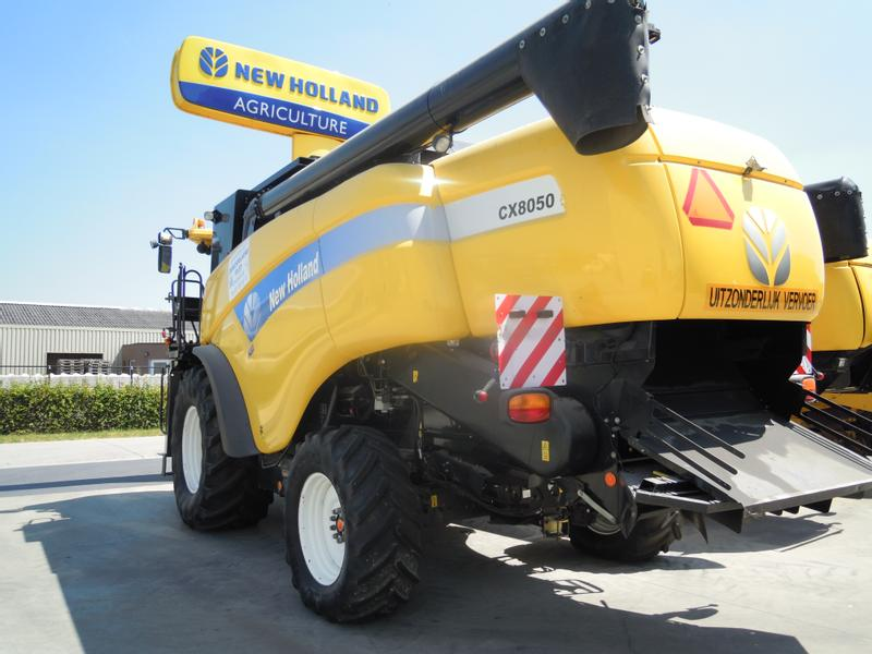 New Holland CX8050 T4