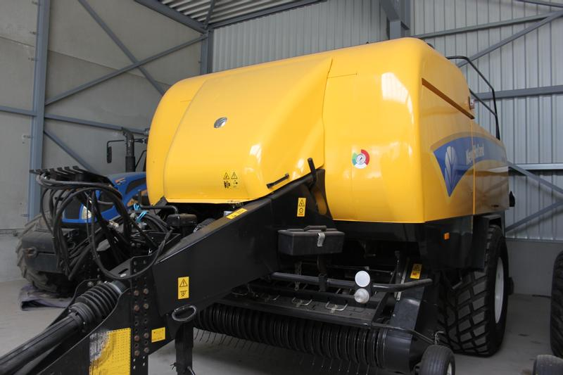 New Holland BB9060 Rotor Cutter