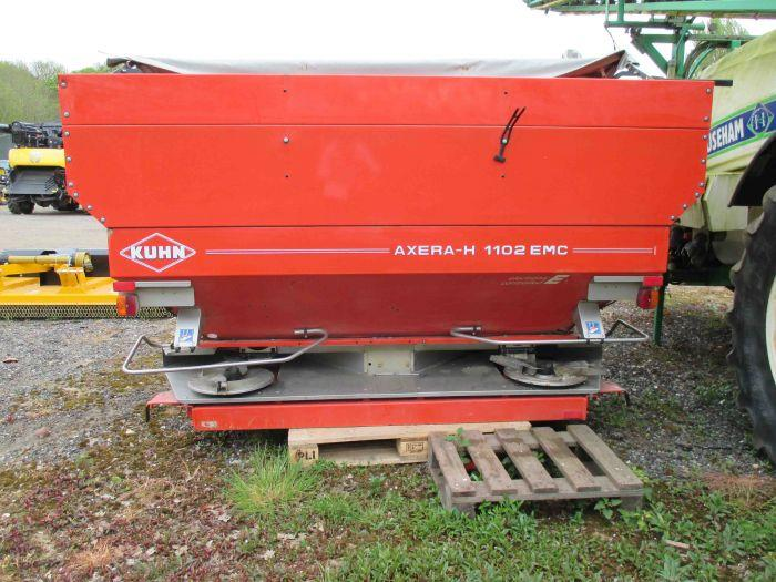 Kuhn Axera H EMC 3200L Fertiliser Spreader