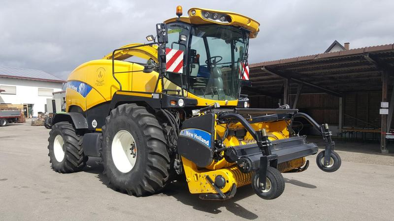 New Holland FR9060 (535A) mit PickUp