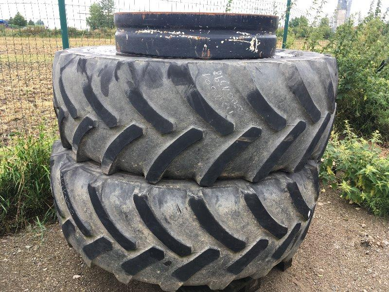 Good Year 520/70R38 an 38'' Zwillingsräder